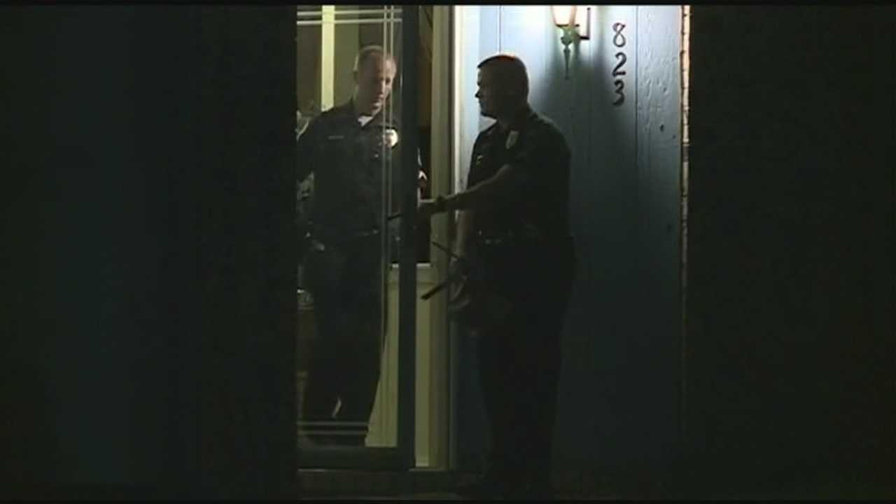 Rogers police investigate stabbing