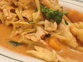 A Taste of Thai in Fayetteville and Bentonville. Here is their delicious Mango Curry dish!