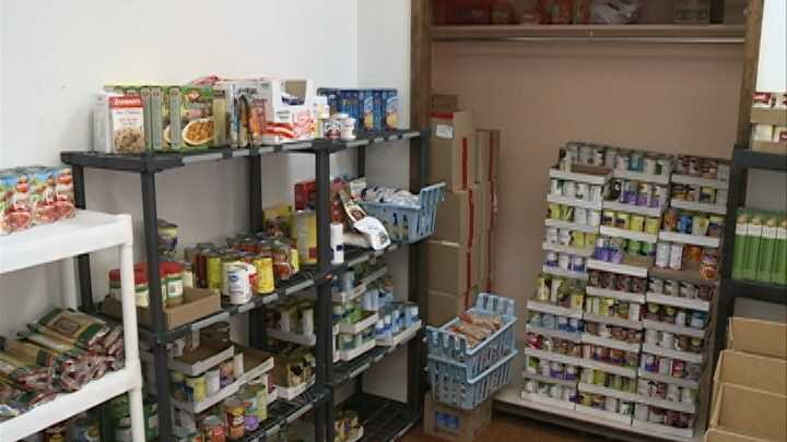 vb food pantry.jpg