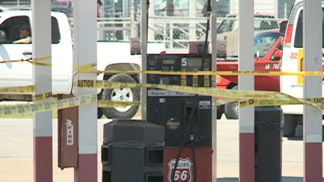 Crews clean up fuel spill at gas station in Springdale