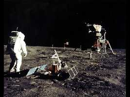 """Hot dogs were of the first food eaten on the moon, says fooducate.com. Apollo 11 astronauts Neil Armstrong and """"Buzz"""" Aldrin Jr. ate hot dogs on their 1969 journey."""