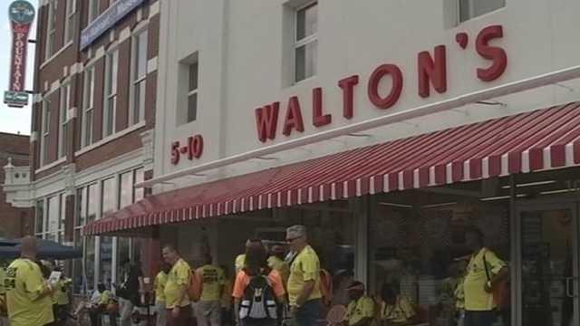 Walmart shareholders explore northwest Arkansas