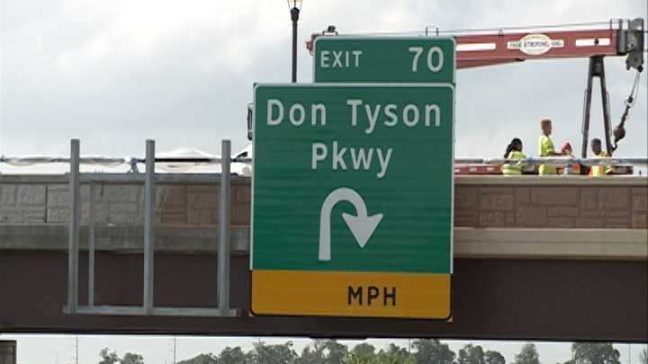 Don Tyson Parkway could drive more business to Springdale