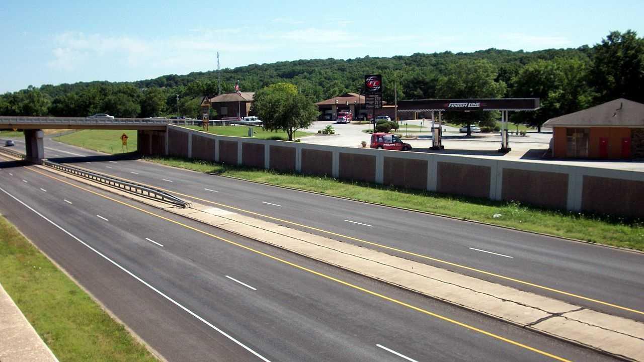 us 71 at highway 340 exit in bella vista