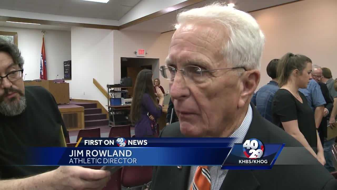 Fort Smith athletic director resigns amid mascot controversy