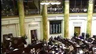 Apr 15 - Arkansas Legislature in session - 2115399