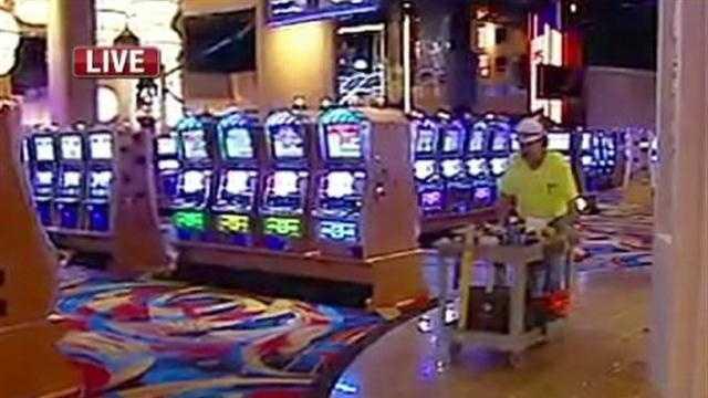 KMBC's Brenda Washington reports that the Hollywood Casino will open on Feb. 3.