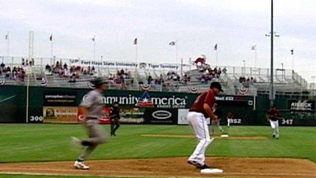 T-Bones ball park, baseball - 16424661