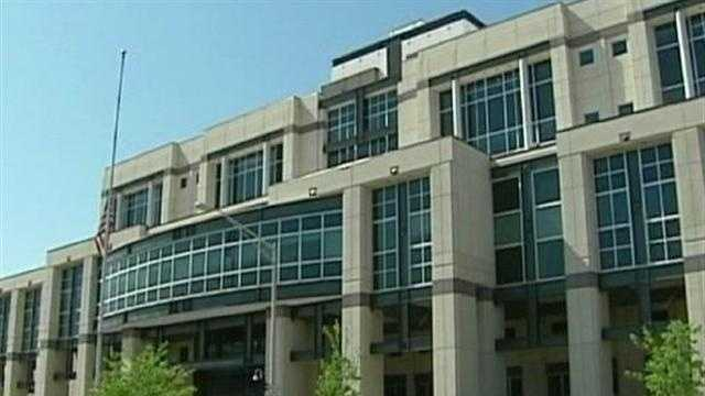 A federal court in Kansas will have to decide the state's new Congressional district lines since lawmakers couldn't reach a decision on their own. KMBC 9's Micheal Mahoney reports.