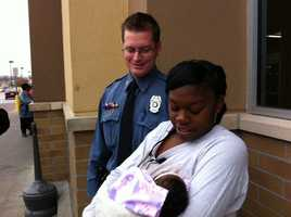 Police said that Marsheanna Clark gave birth to her baby girl eight minutes after Officer Matt Phelps began helping her.