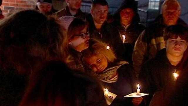 Vigil honors Kansas teen killed in pond crash