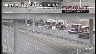Southbound I-35, Admiral wreck