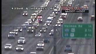 I-435, Wornall wreck
