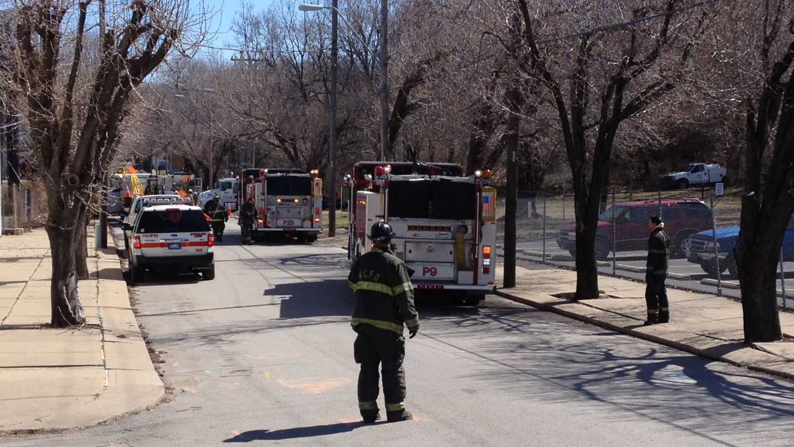 Gas leak at 29th, Holly