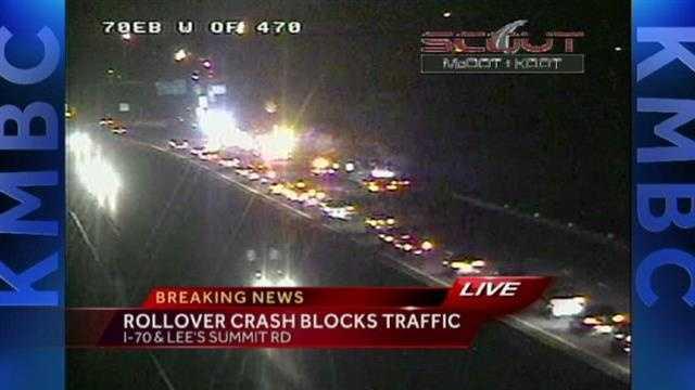 Crash blocks lanes of I-70 in Independence