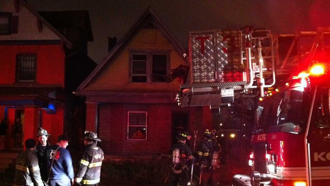Image Michigan Avenue house fire