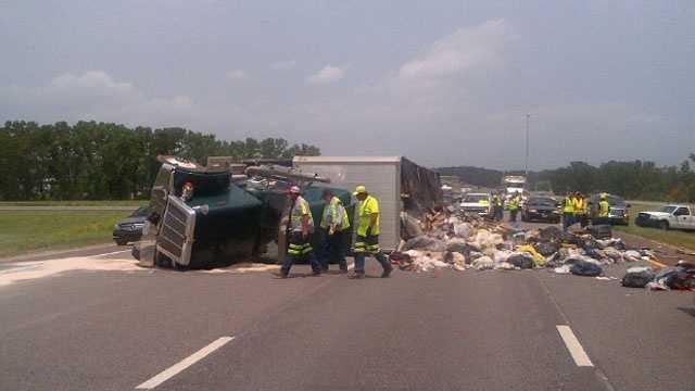 Image Overturned truck