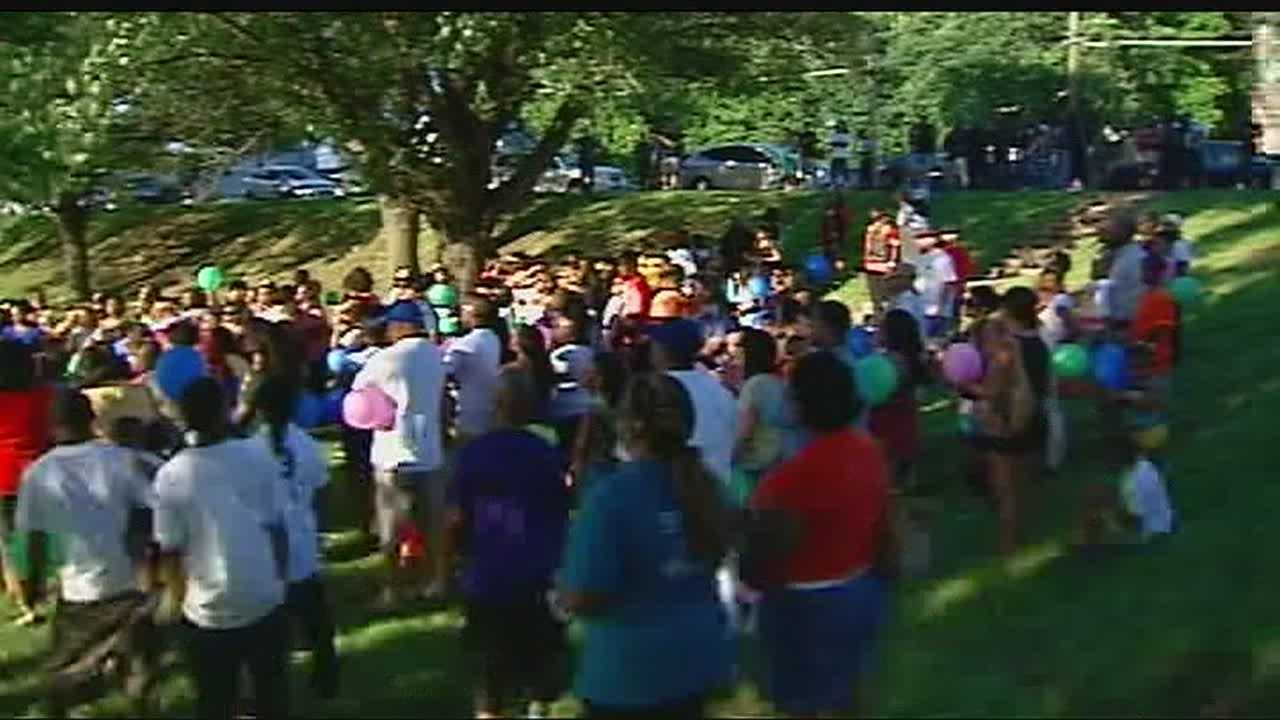 Hundreds gather to remember motorcycle club shooting victims