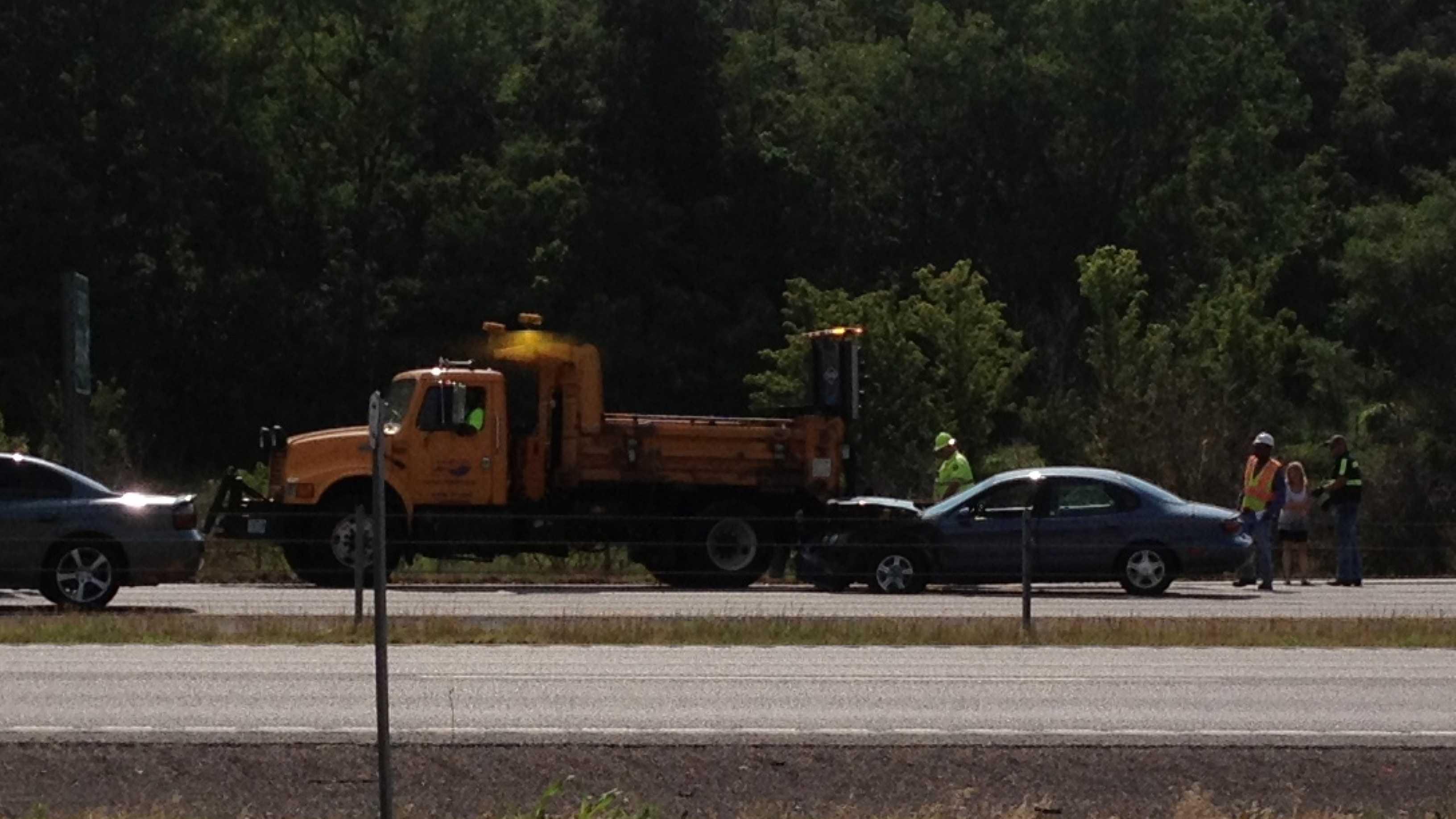I-435, Truman Road, MoDOT truck rear-ended