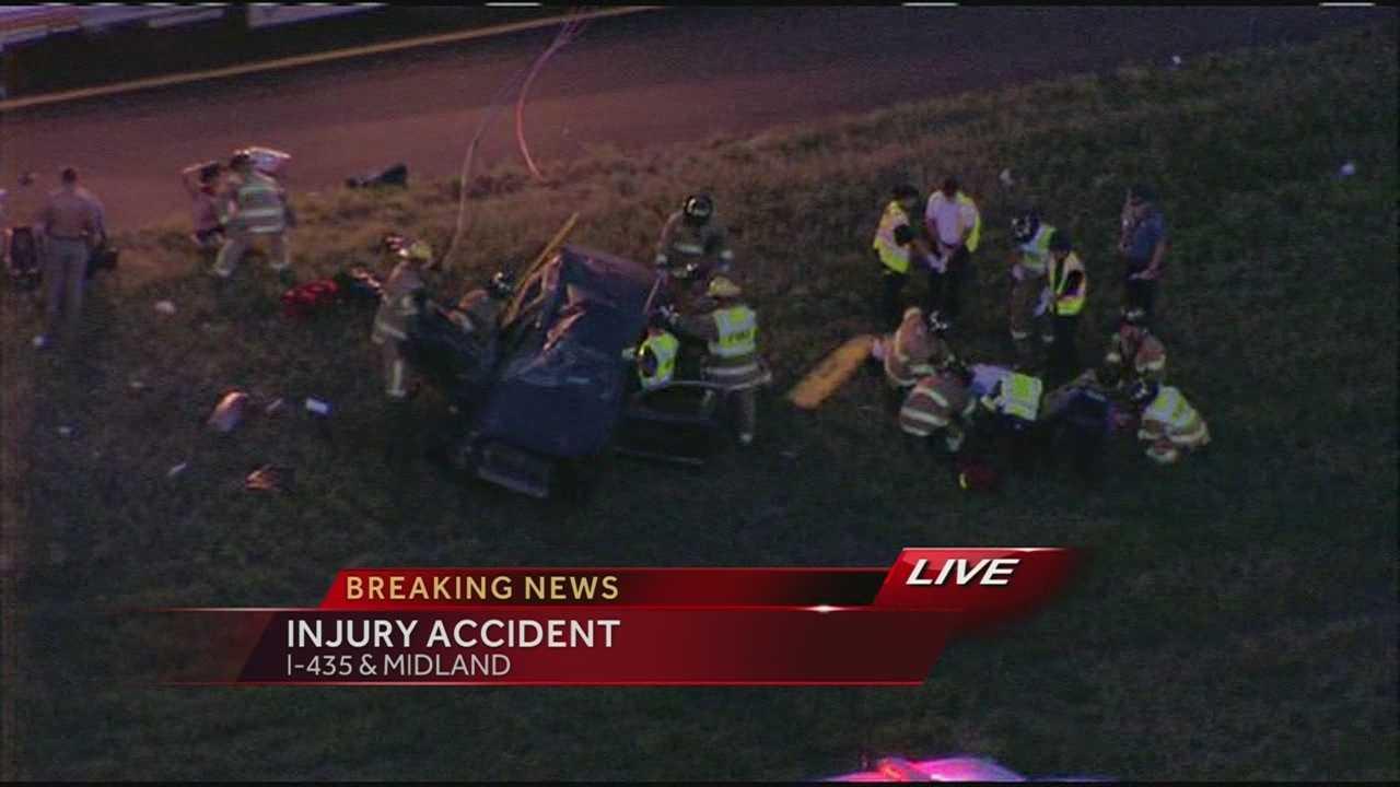 Crash on I-435 near Midland