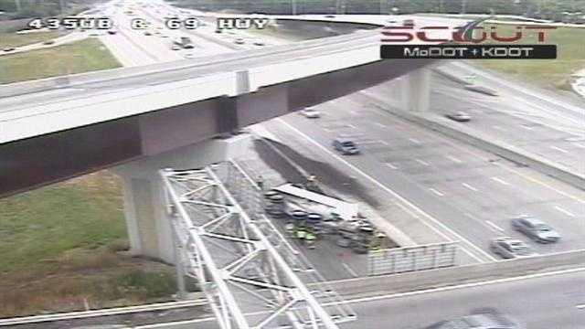 Image Truck topples on ramp