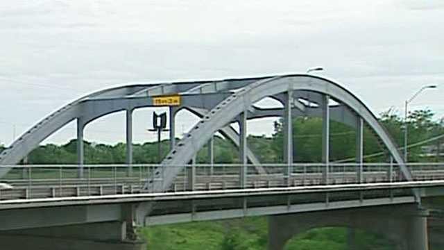 Image Missouri bridge