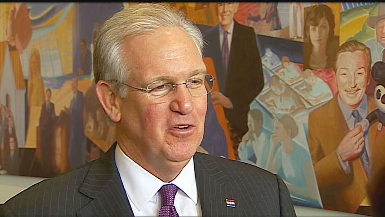 Image Jay Nixon in Kansas City