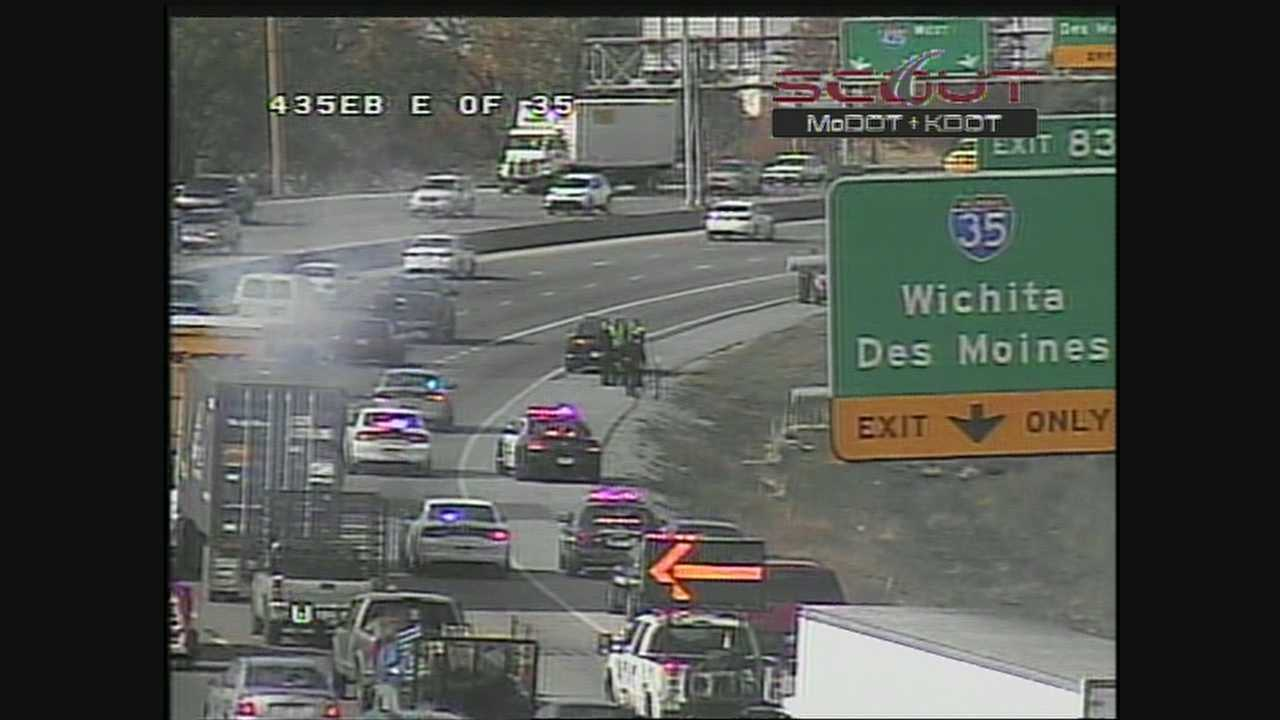 Rollover accident on I-435 near I-35