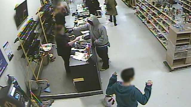 Image Thrift store robbery in Overland Park