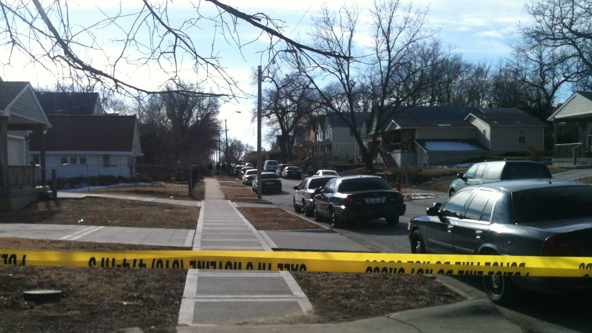 Body found in abandoned home on Flora Ave.