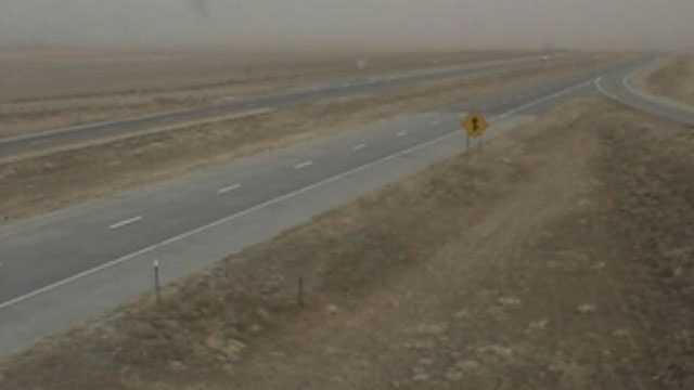 Image I-70 closed in western Kansas