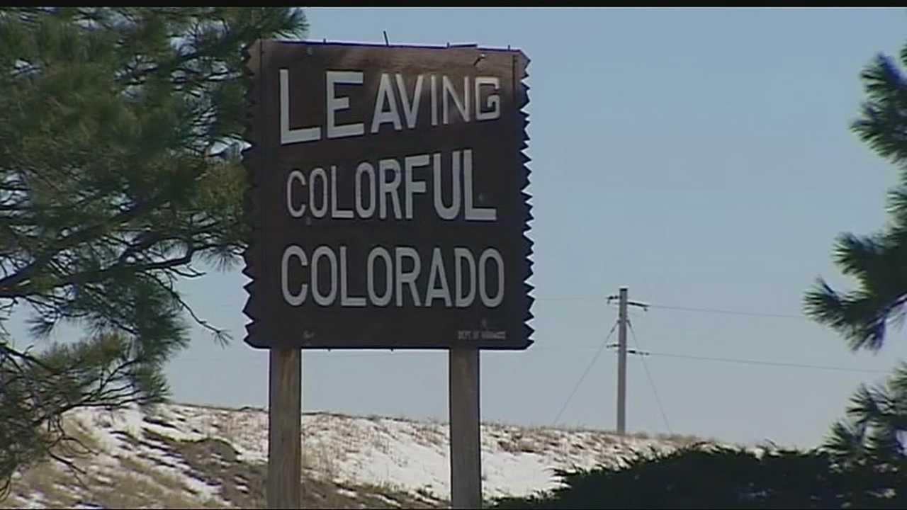 Image Colorado border sign