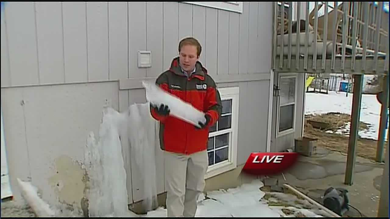 Bates City homeowner returns to ice-damaged house
