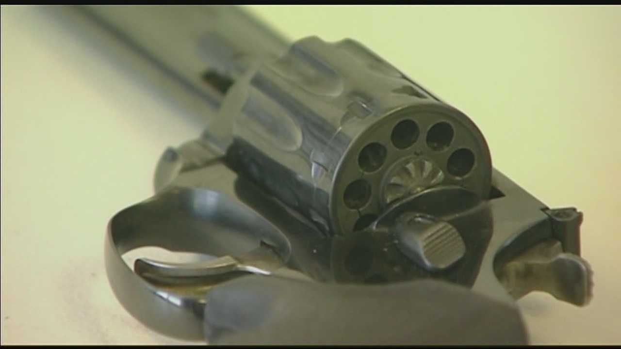 Image Generic handgun