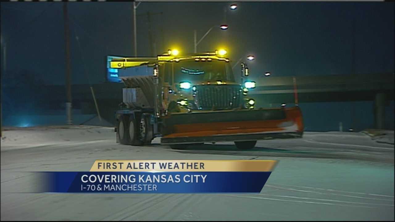 Image Snow plow on KC street
