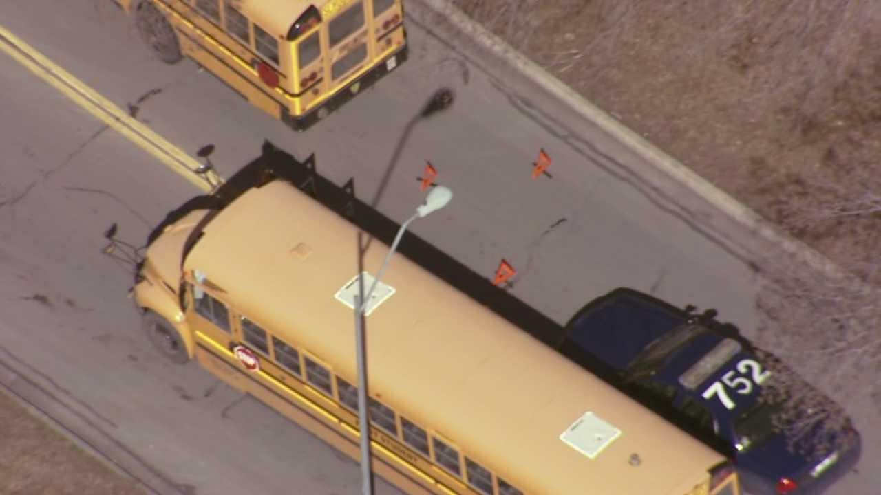 Image School bus wreck scene