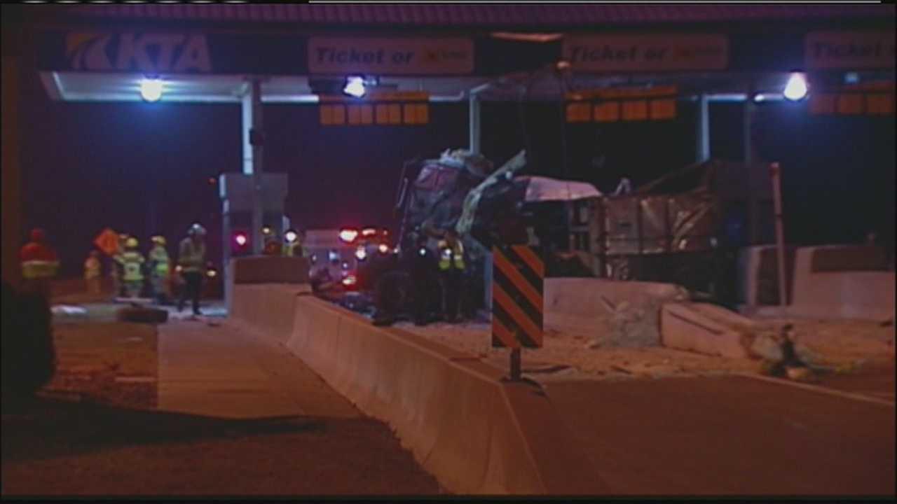 Kansas Turnpike fatal crash
