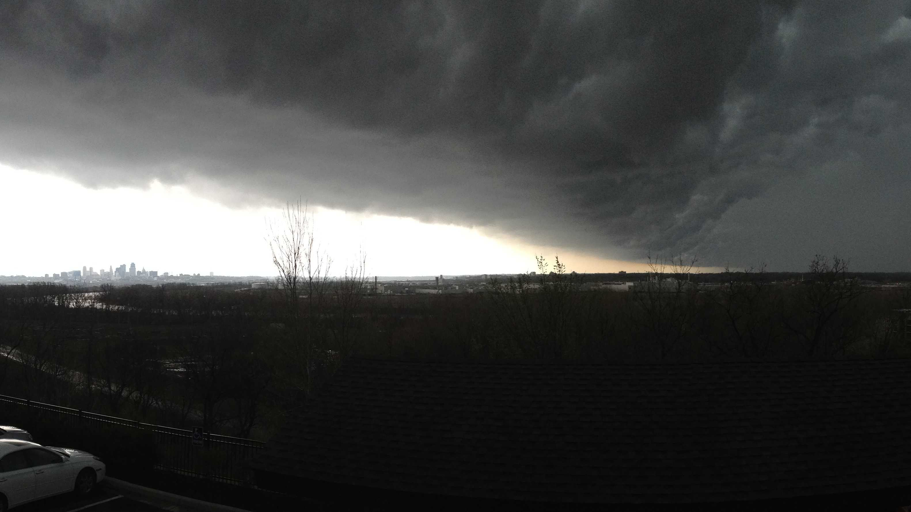 Line of storms approach downtown KC