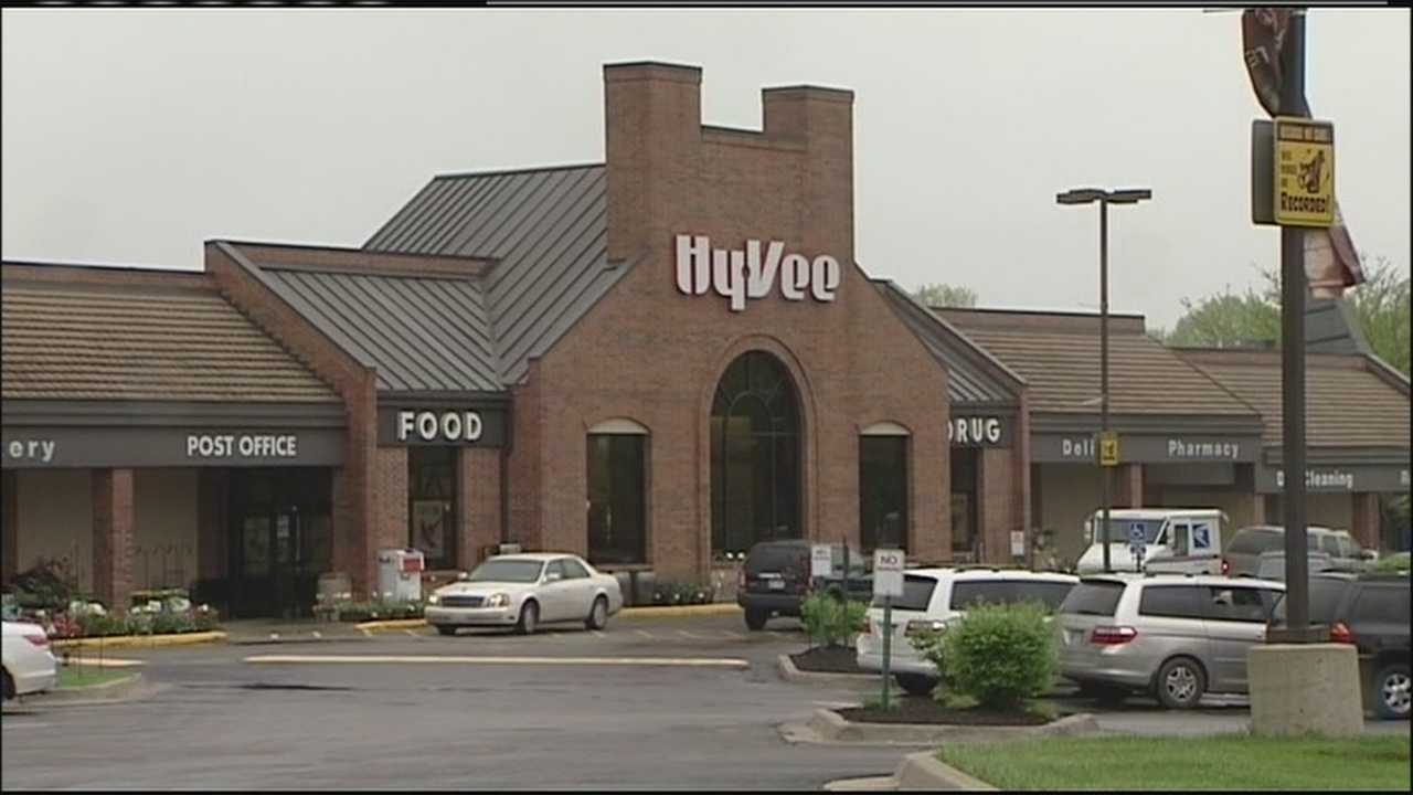Image Leawood Hy-Vee store