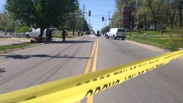 Image Leavenworth road motorcycle crash
