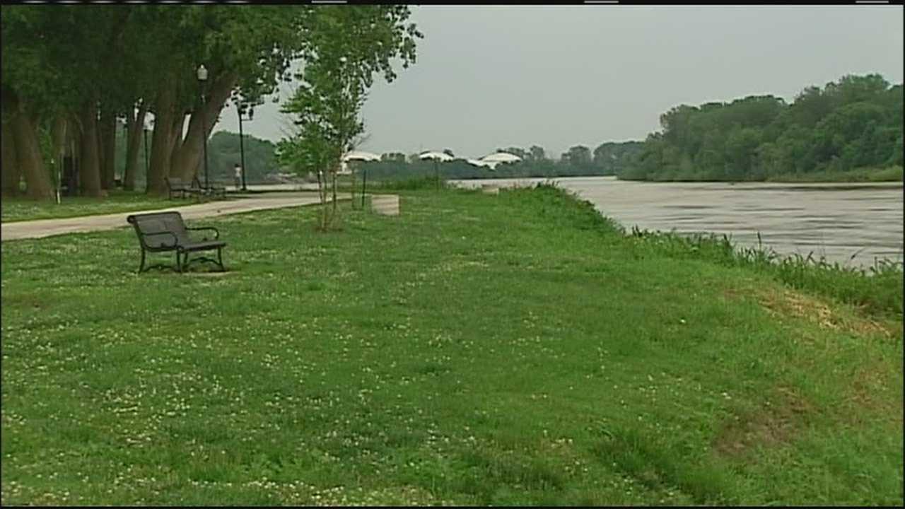 Upstream rain raises flood concerns along Missouri River