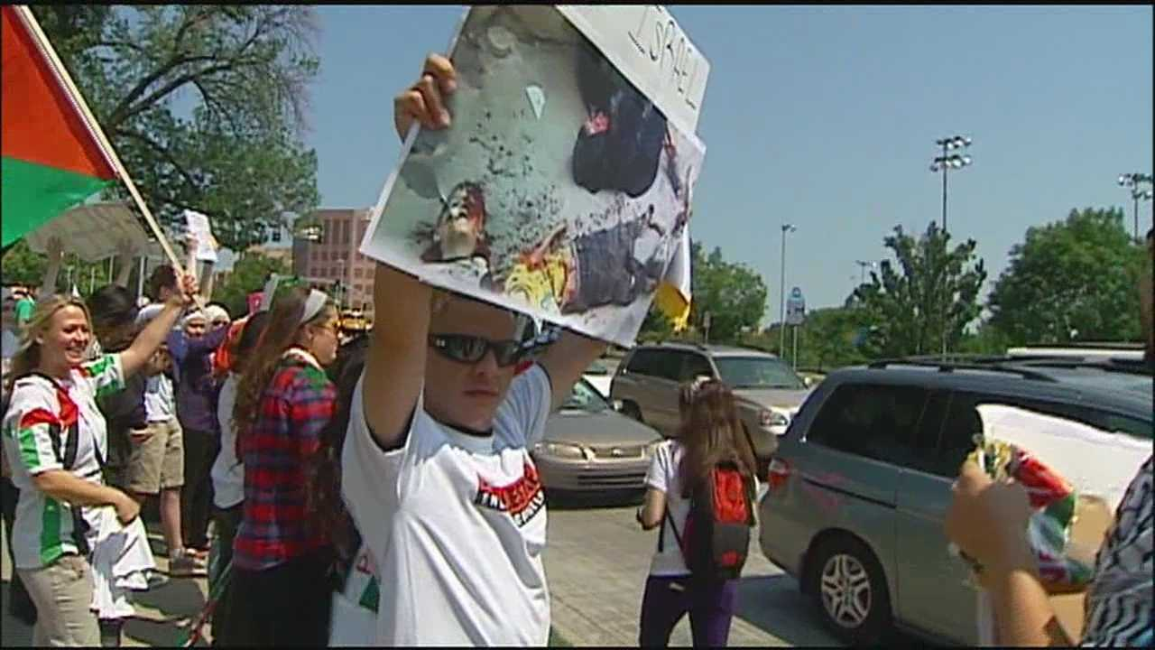 Gaza violence sparks protest in Mill Creek Park
