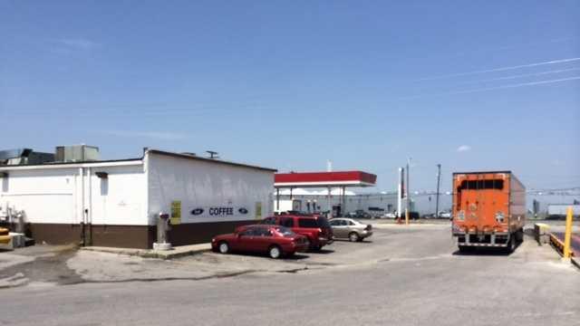 Armed robbery victim talks to KMBC