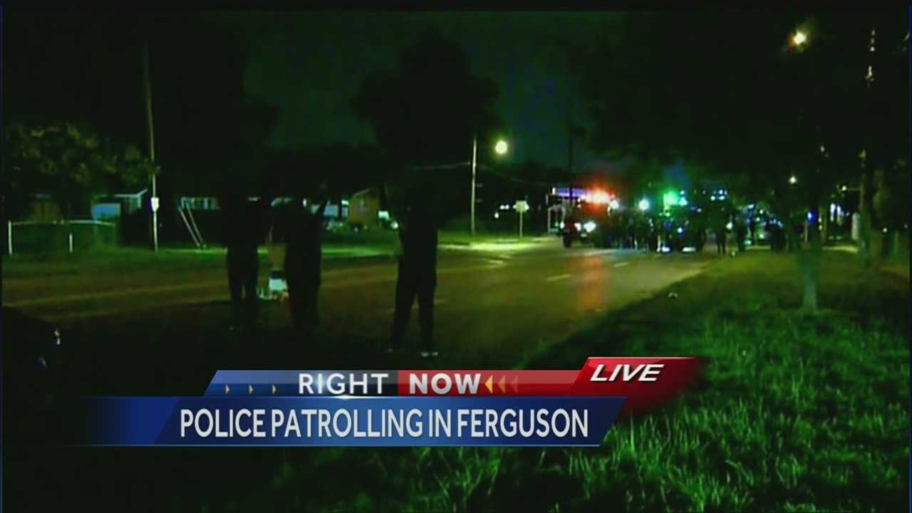 Image Ferguson monday night protest