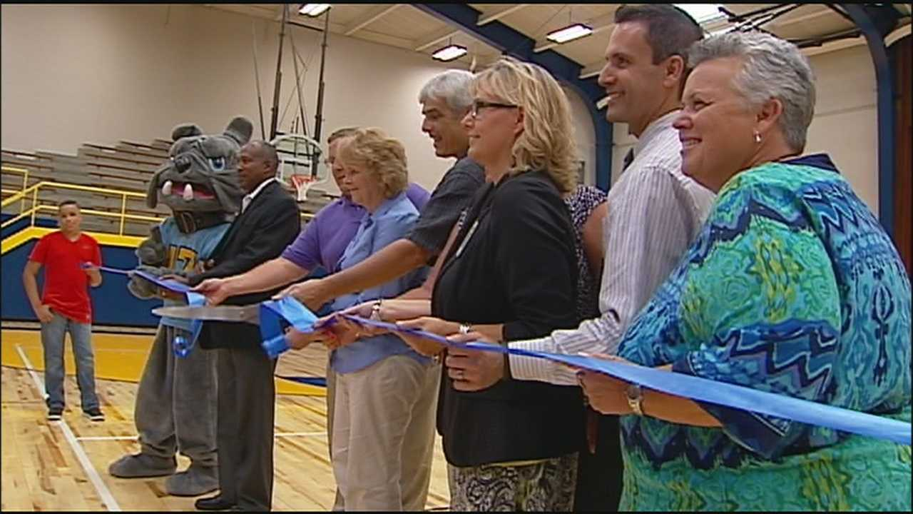 Grandview Middle School celebrates new gymnasium