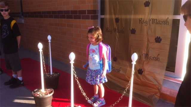 Image Red Carpet ceremony at Ray Marsh