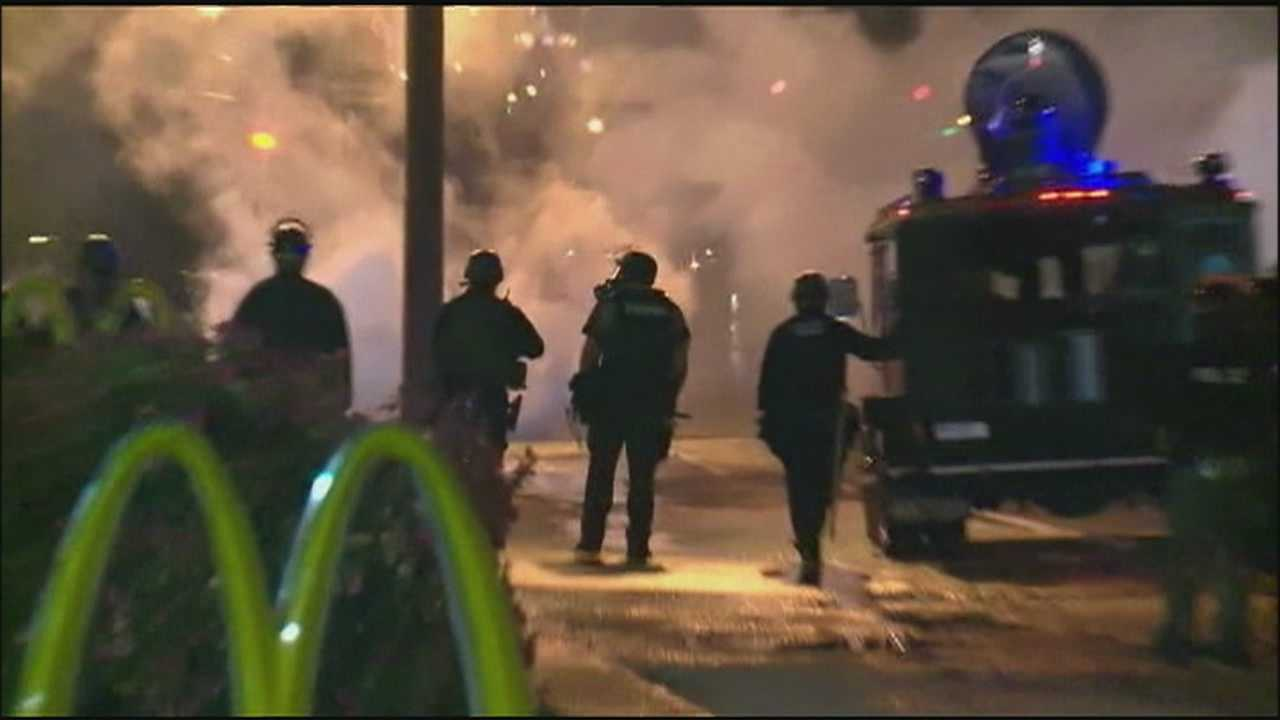 Image Ferguson tear gas 2