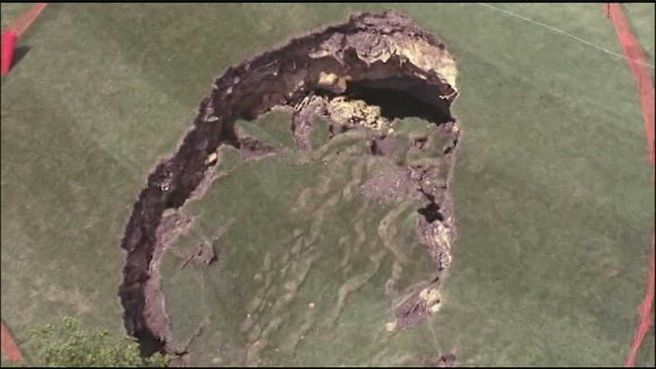 There's a new hazard on a Lenexa golf course -- a giant sinkhole that opened up on the 13th fairway.
