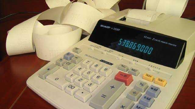 Accounting calculator, taxes, money