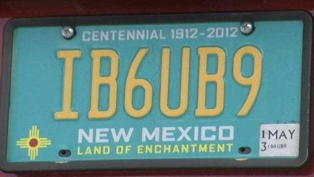 A Santa Fe man said he's fighting for his license plate back and his freedom of speech rights.